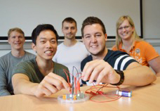 Optoelectronics lab course at CAU